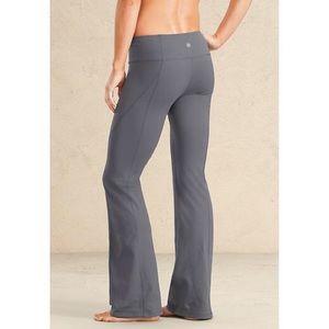 Athletes gray yoga pants
